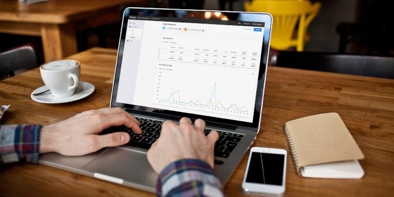 Analytics_Comparative Location Based Sales Summary with Nav_Final-1-615897-edited