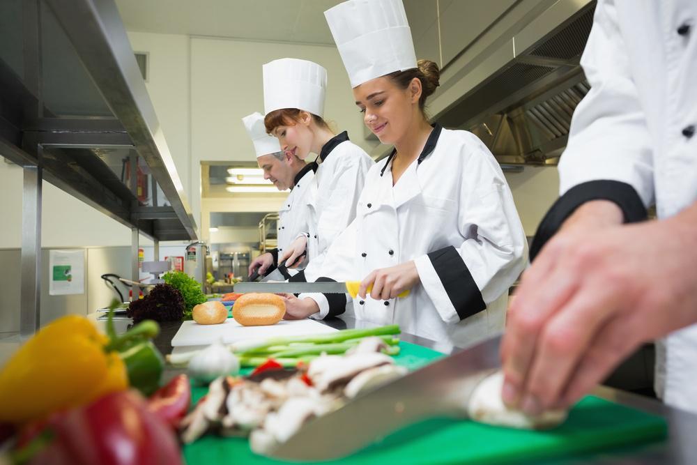 restaurant teamwork