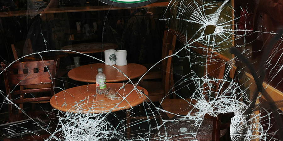 broken glass in restaurants