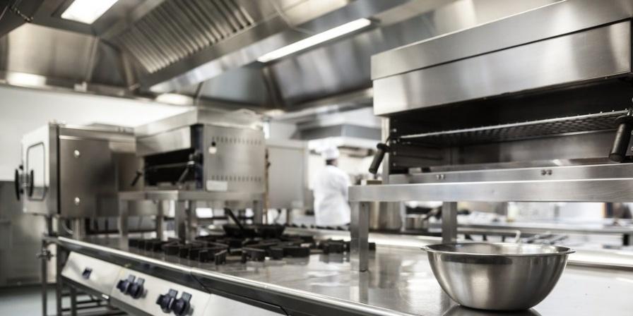 ways restaurant kitchens can save money
