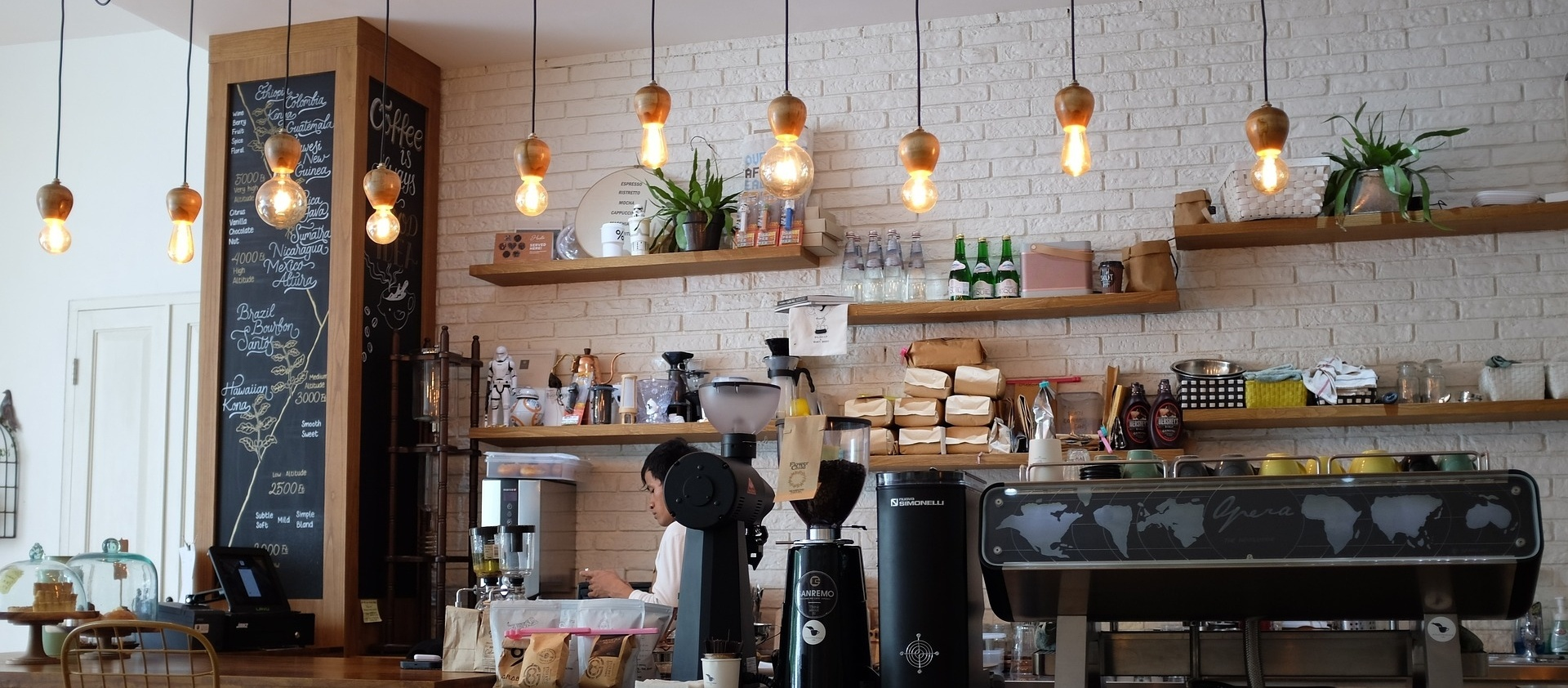 3 Clever Coffee Shop Interior Design Examples and Ideas ...