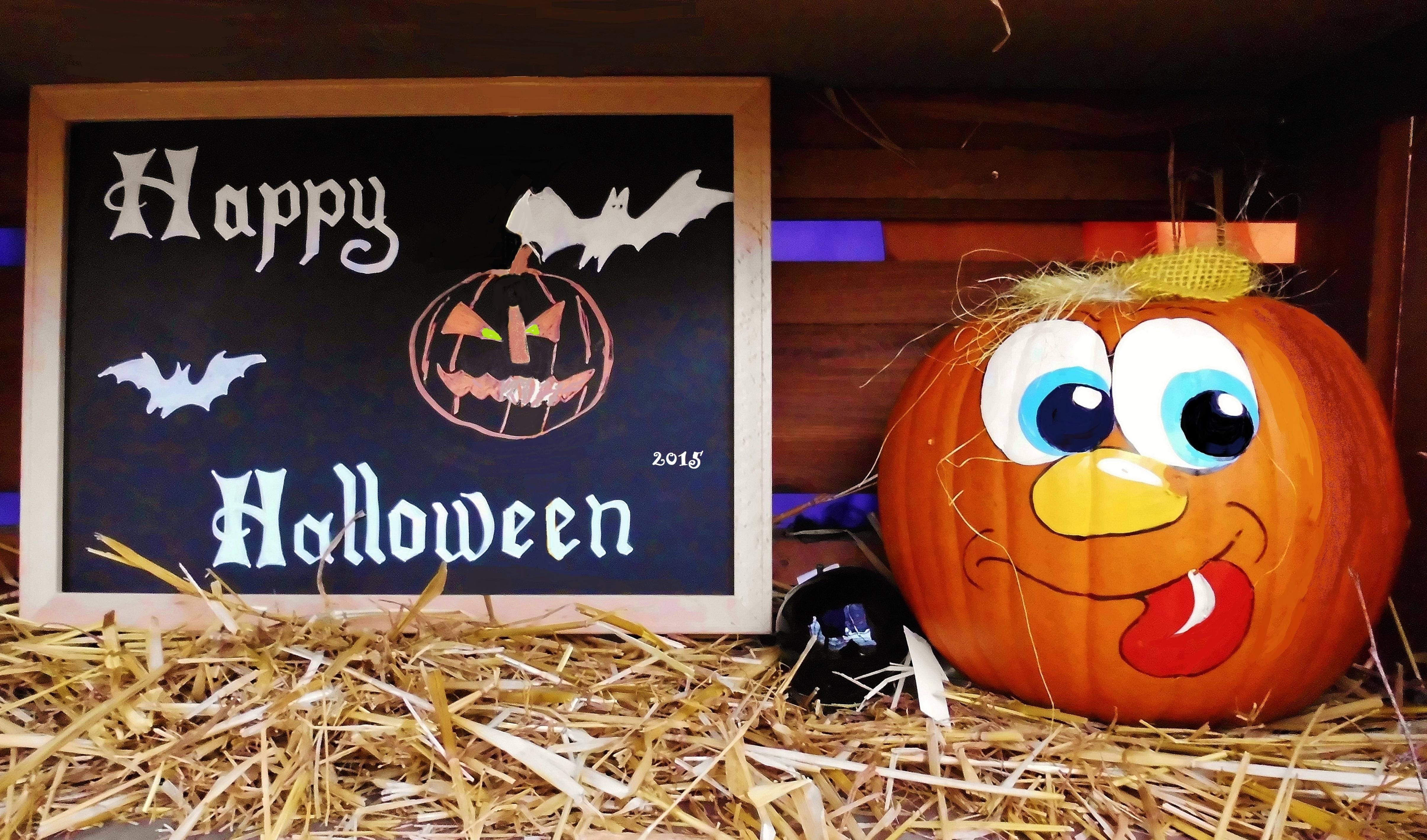 restaurant halloween marketing