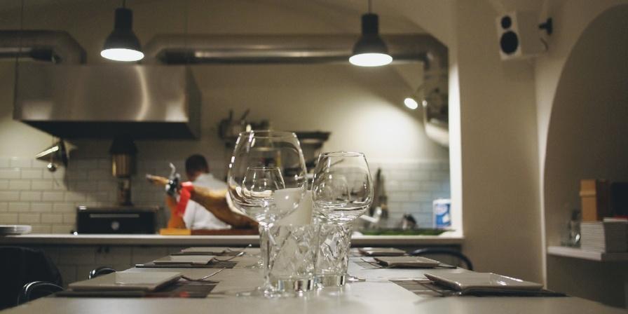 efficient restaurant kitchen